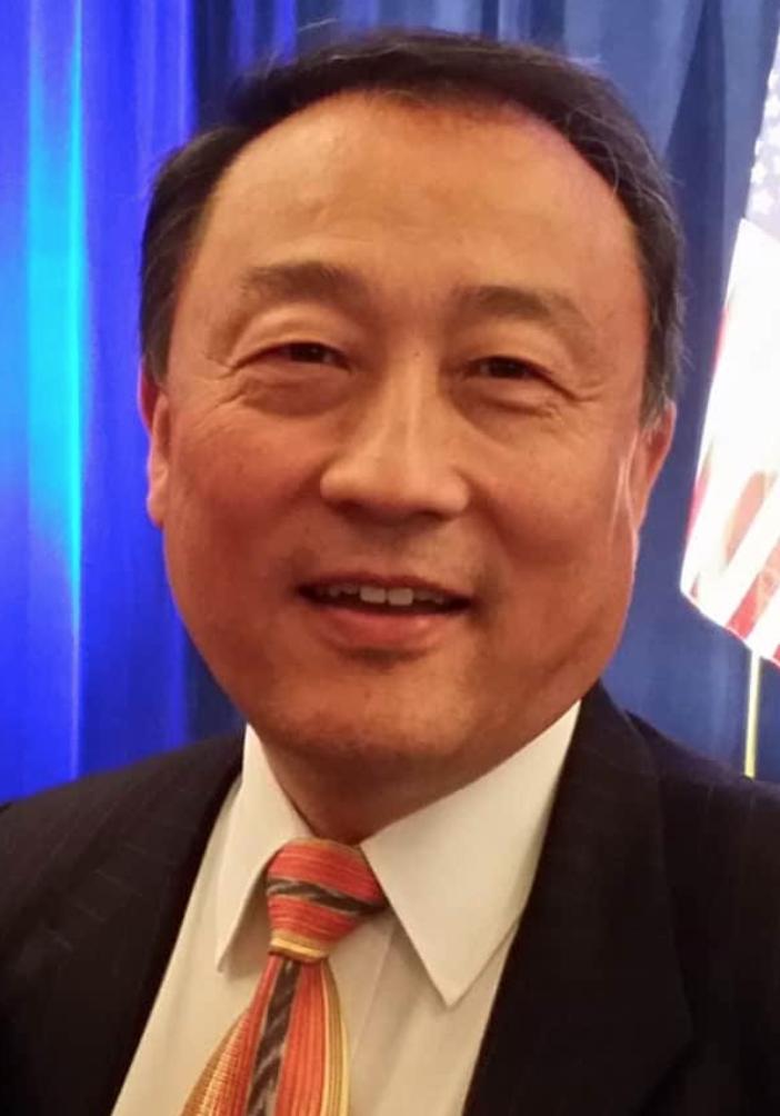 Solomon Yue headshot(1)